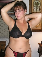 Fat Amateur MILF photo 3