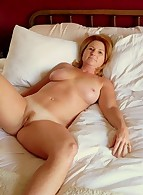 Candid ExGF MILFs photo 4