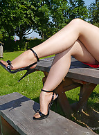 Stiletto Girl photo 9
